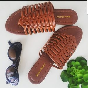 Shoes - NEW Flat woven sandals